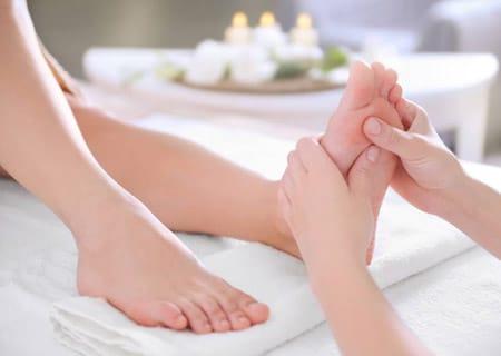 a lábakon vörös foltok pontokhoz hasonlítanak dermatitis s pikkelysmr kezelsre