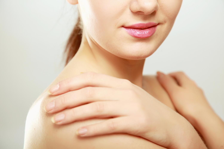 hogyan kell kezelni a vörös foltok testének kiütését hogyan lehet gyógyítani pikkelysömör népi módszerek