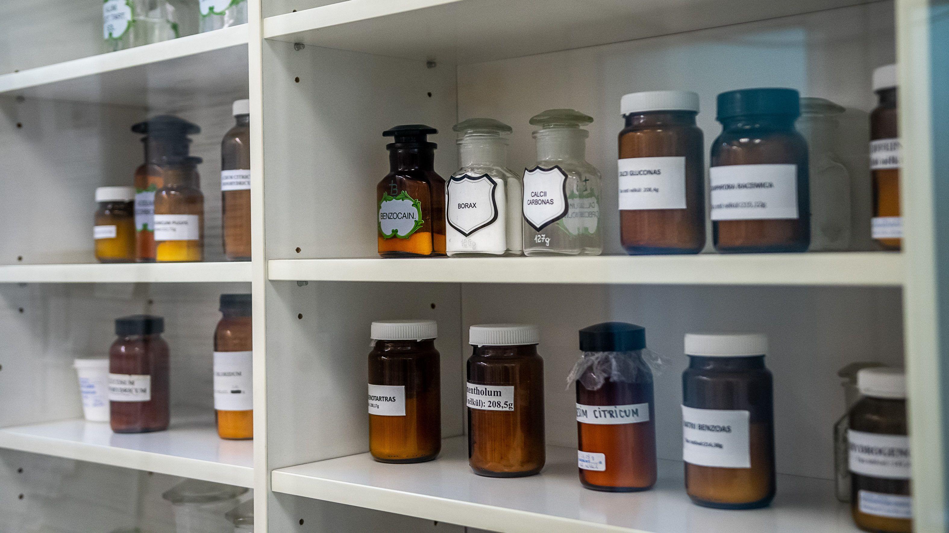 férgek homeopátia gyógyszerek
