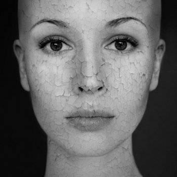 Házi receptek fehérítő maszkok a bőr pigment foltok - Olaj November